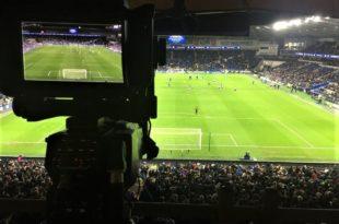 camera-in-stadium